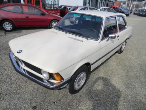 BMW318E21-1
